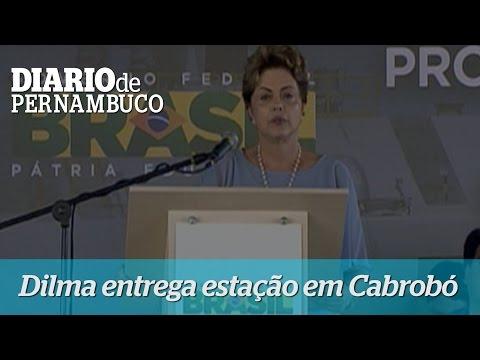 A presidente Dilma Rousseff entrega esta��o de bombeamento em Cabrob�