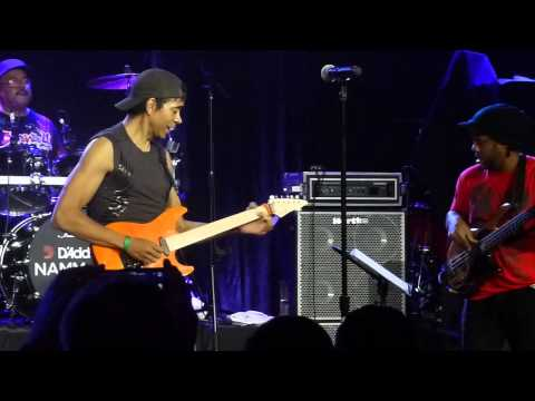 Baixar NAMM 2013 - Dennis Chambers, Greg Howe, and Victor Wooten