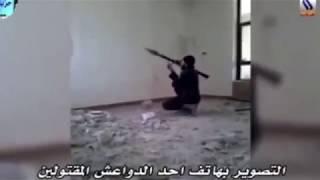 Phiến quân IS chết 'tức tưởi' khi đang bắn súng phóng lựu