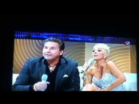 Ricardo Montaner y Yuri cantan La Gloria de Dios