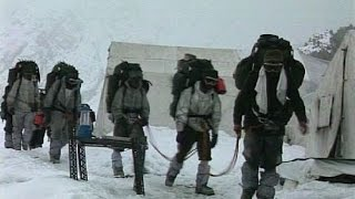 Check out the amazing rescue operation by Indian army in Siachen