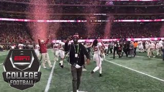 Terrell Owens celebrates on field after Alabama beats Georgia in national title game | ESPN