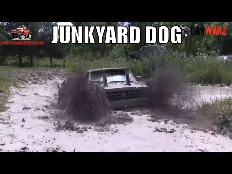 JUNKYARD DOG Chevy Mudding At Curt's Mud Bog 2018