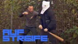 Mit Baseballschläger attackiert - Ist es der Ku-Klux-Klan? | Auf Streife | SAT.1 TV