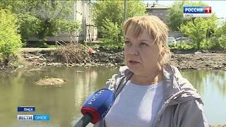 Заброшенная стройплощадка по улице Богдана Хмельницкого уже несколько лет угрожает безопасности омичей