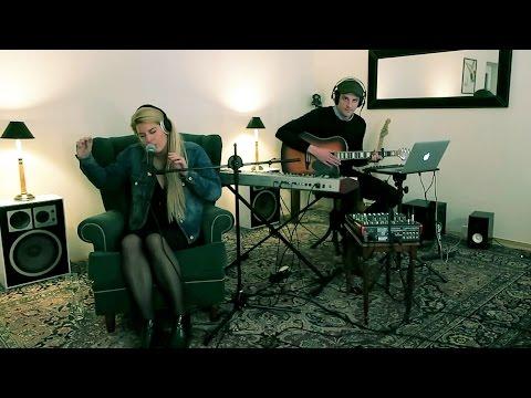 Maxamillion & Kalina - Strong (Live Cover)