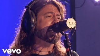Foo Fighters - Sky Is A Neighborhood (Official Live)