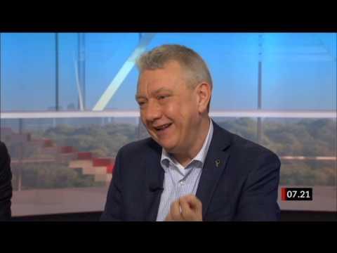 Christian Engström (PP) om massövervakning i Gomorron Sverige