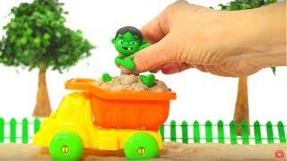 BABY HULK PLAYS WITH SAND ❤ Spiderman, Hulk & Frozen Elsa Play Doh Cartoons For Kids