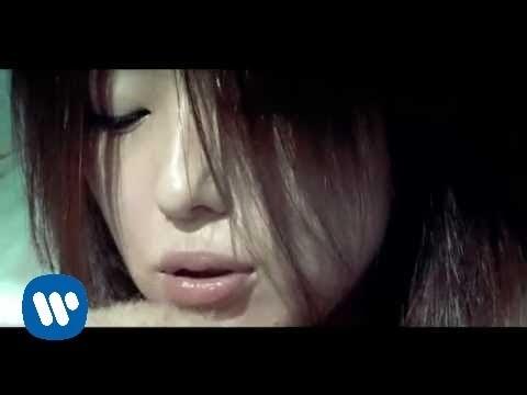 F.I.R. 飛兒樂團 - 眷戀 (華納official 官方完整版MV)