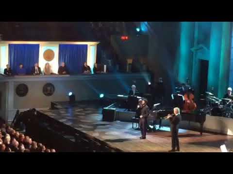 Josh Groban & Chris Botti perform at Tony Bennett's Gershwin Prize