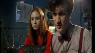 Doctor Who Confidential - Behind the scenes of The Doctor and Amy's kiss