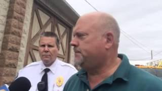 Pizza Joe's fire: One firefighter hurt, mayor says