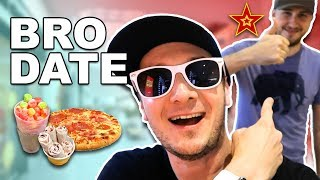 🍕Tasting Internet Foods at THE MALL w/ CrazyRussianHacker