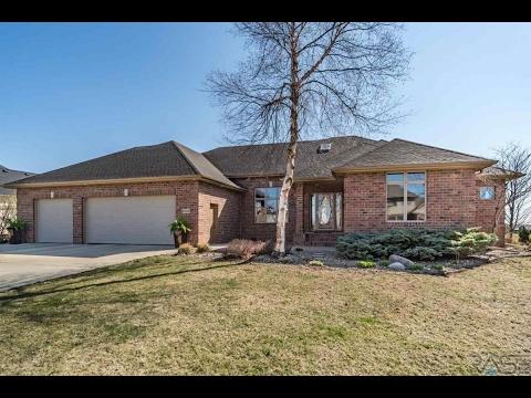 Residential for sale - 6220 S Pinehurst Ct, Sioux Falls, SD 57108