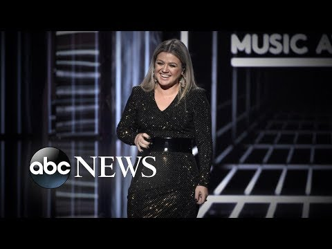 Kelly Clarkson explains recent weight  loss