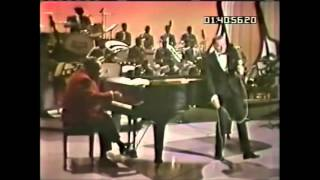 frank-sinatra-fly-me-to-the-moon-1965-live.jpg