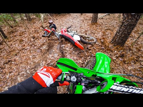 Honda CR125 Crashes in the Woods