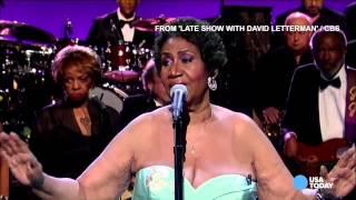 That moment when Aretha's backup singer forgets the lyrics | DailyDish