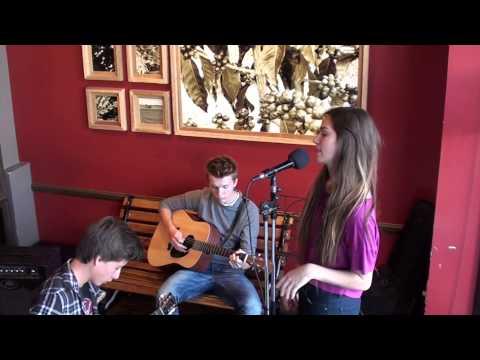 Noelle Trio