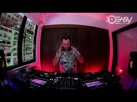 Jimmy Slippaz (House to Deep Tech) at Deasy HQ