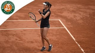 Ana Ivanovic falls but wins the point against Elina Svitolina - 2015 French Open
