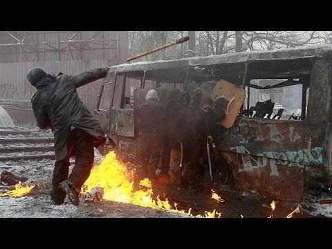 Київ: 2 загиблих після наступу міліції на Грушевського