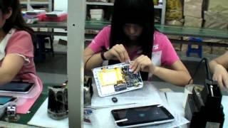 Cận cảnh xưởng chế tạo máy tính bảng Trung Quốc