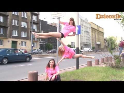 Polskie dziewczyny tańczą na znakach drogowych!