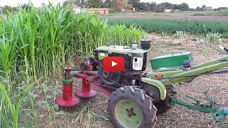 Мотоблок косит кукурузу