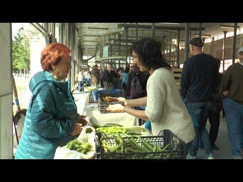 San Isidro egunaren harira omenaldia jaso dute baserritarrek