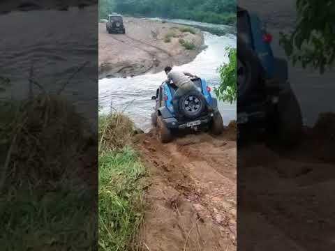 Stark travessia de rio