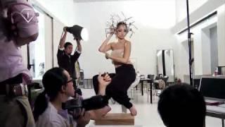 AMAZING! ERIKA SAWAJIRI VoCE Photoshooting on Youtube