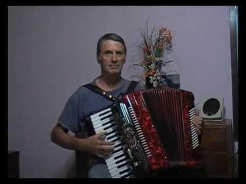 rosas de otoño -  vals-  instrumental .wmv - acordeon jose maria --dedicado  a jorge Bayernland1956