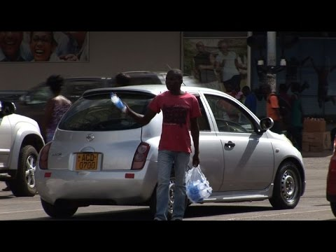 Zimbabwe hit by water shortage as it faces severe drought