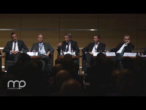 Infrastrukturgipfel 2012: Wer nutzt im magischen Dreieck welche Netze?