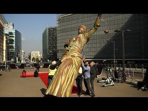 Estado de direito na Hungria e Polónia preocupa Bruxelas