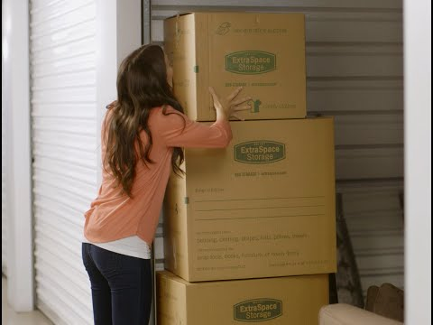 Moving Your Belongings Into Storage - What to expect