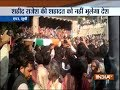 Thousands gather to pay last respect to martyr Rajesh Yadav in UPs Etah