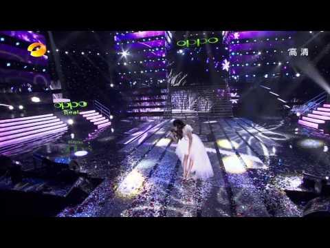 [720P]张韶涵-欧若拉+亲爱的那不是爱情+隐形的翅膀-湖南卫视new.year.concert.2011