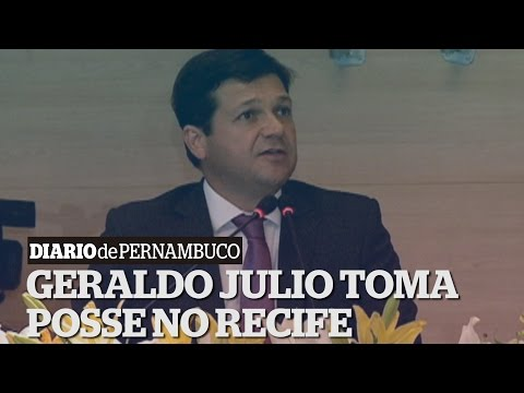Geraldo Julio (PSB) toma posse no Recife