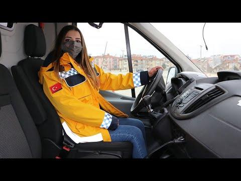 Kadın ATT ve paramediklere ileri ambulans sürüş teknikleri eğitimi