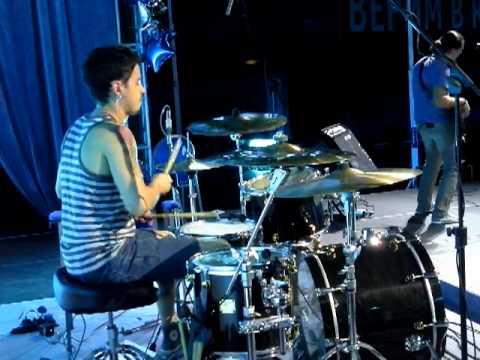 Город 312 - Обижаться - Live (Drum Cam)