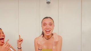 shower time with hannah and ava (gets weird sorry)