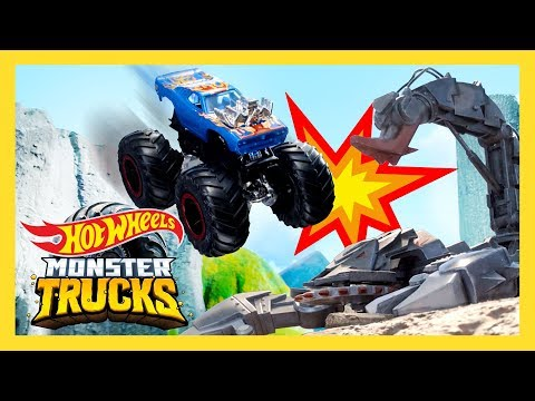 GIANT SCORPION INVADES SPEED RACE! | Monster Trucks Island | Hot Wheels