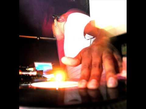 Baixar DJ Marky & XRS - LK ( Carolina Carol Bela )