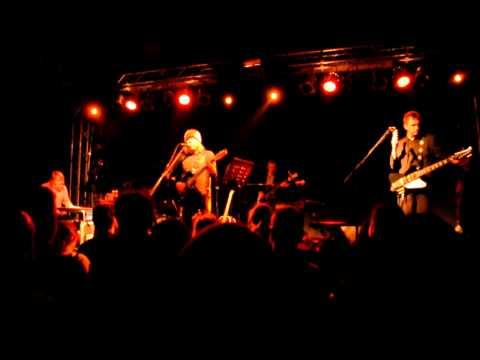 Badly drawn Boy - Torino 10/11/2010 -Too many miracles.AVI