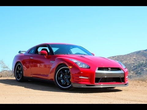 REVIEW: What Makes The Nissan GT-R So Special?