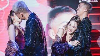"""BIGDADDY x EMILY: """"hấp hôn"""" siêu cute tại Live concert Mượn Rượu Tỏ Tình   14.3.2019"""