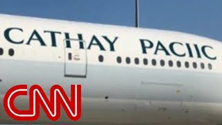 Airline misspells own name on plane..